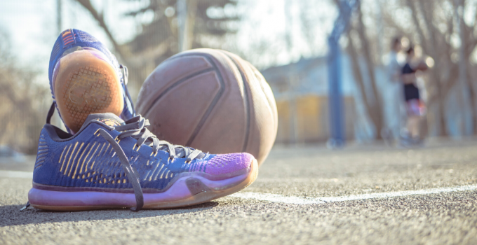best basketball shoes for wide feet reviews.jpeg
